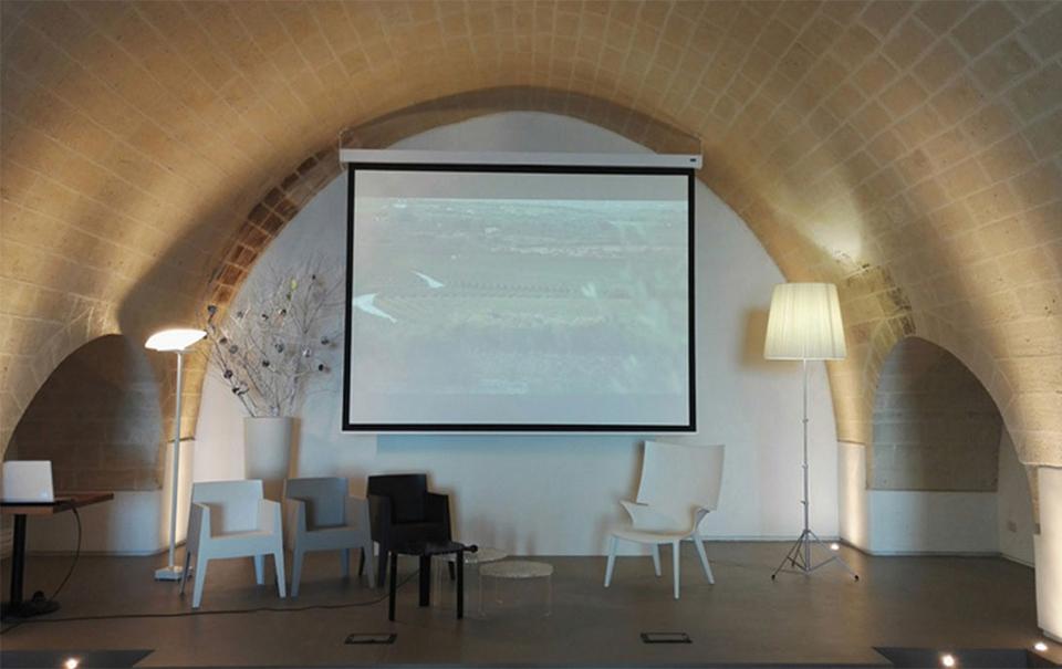 Sala del Golfo presso Masseria Amastuola: location per eventi MICE